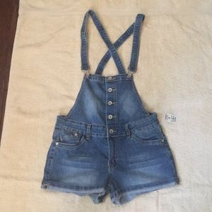 H&G Short overalls NWT